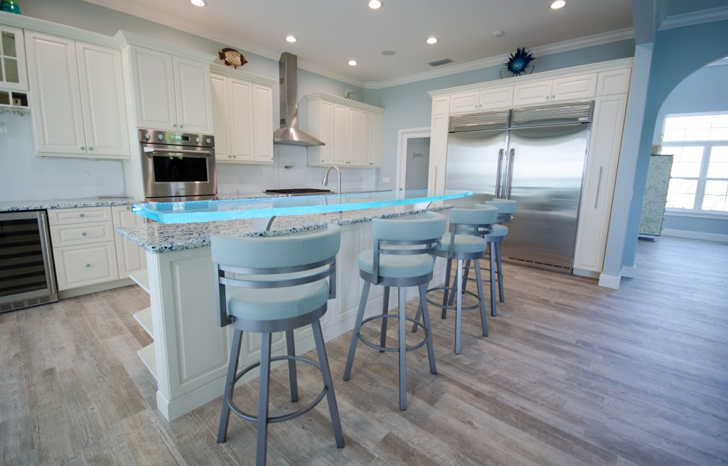 Glass High Bar with LED in Kitchen