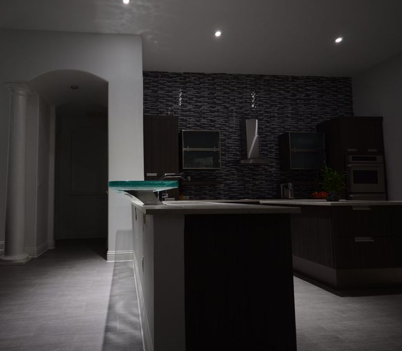 Ceiling Lit Glass Countertop High Bar