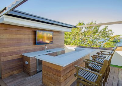 Rooftop Bar Davis Island wirth Grey Concrete countertop