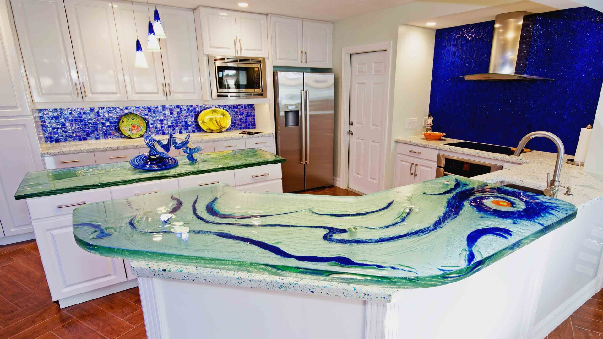Glass Countertop with Texture and color