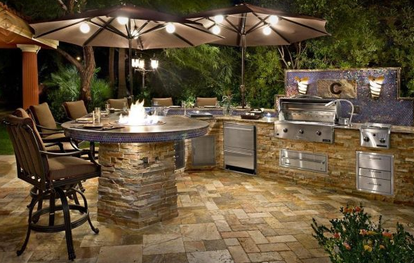 Kitchen Counter Designs and More for your Outdoor Kitchen