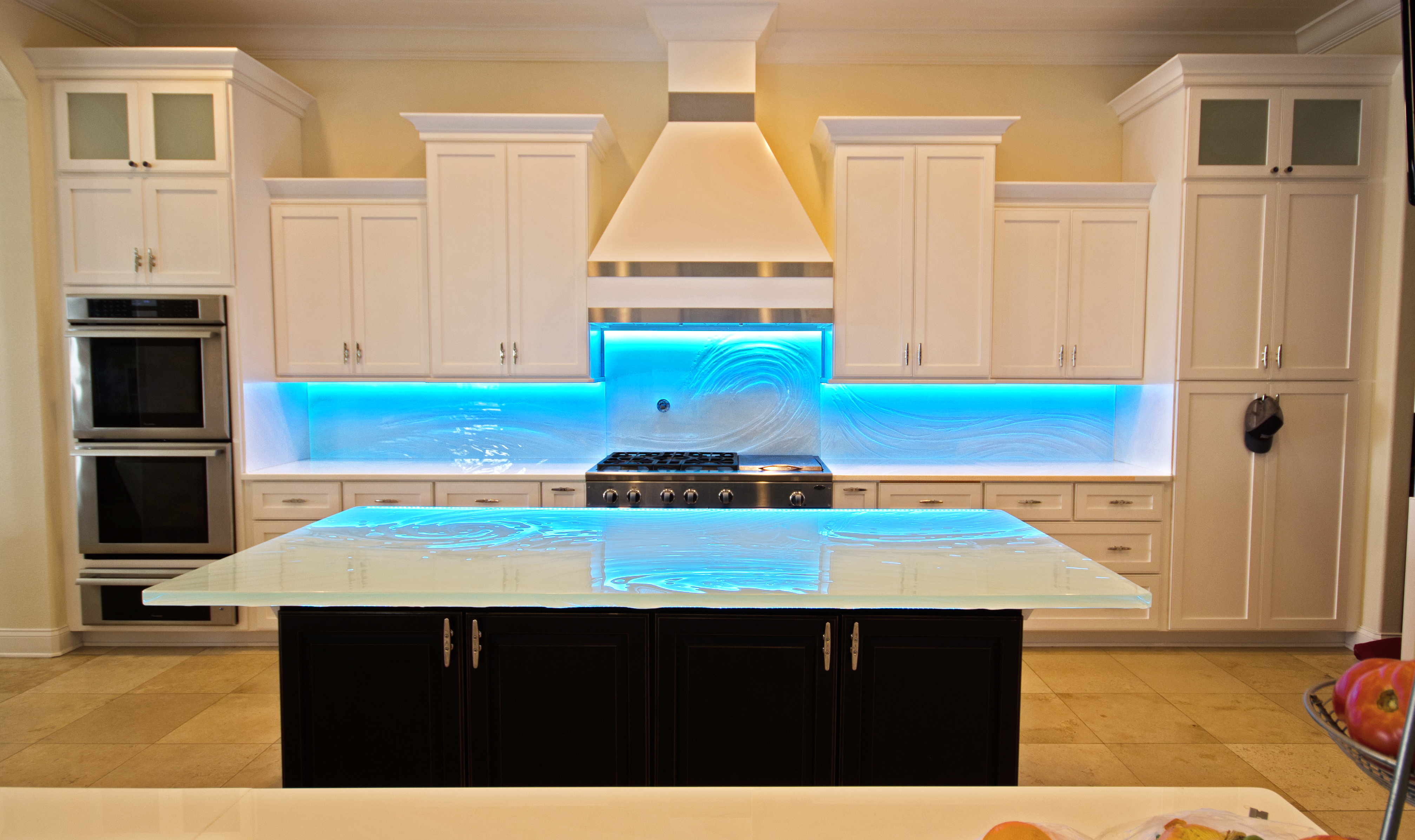 Back Painted And Textured Kitchen Glass Backsplashes