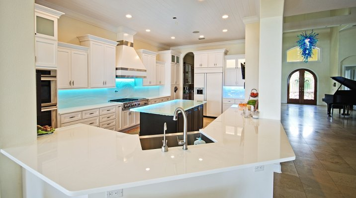 Beau White Glass Countertop Kitchen With Custom Textured Glass