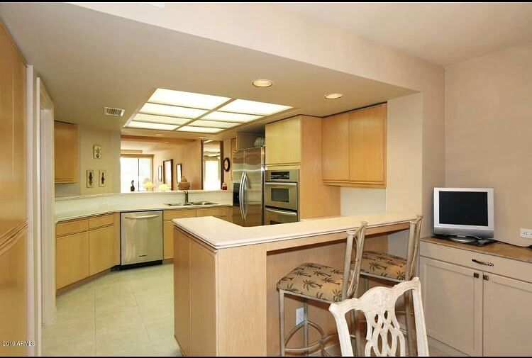 Scottsdale Arizona kitchen before glass countertops